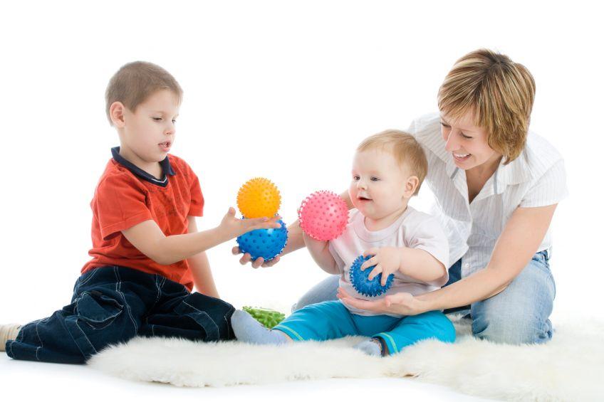 Recrutement de nounous à domicile à Tours (37)   Les Enfants d'Abord
